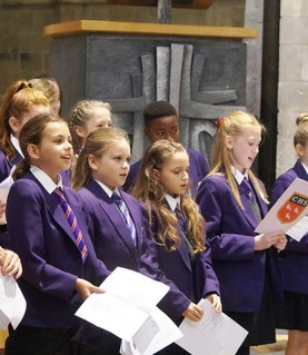 Yr7 Chichester Cathedral service